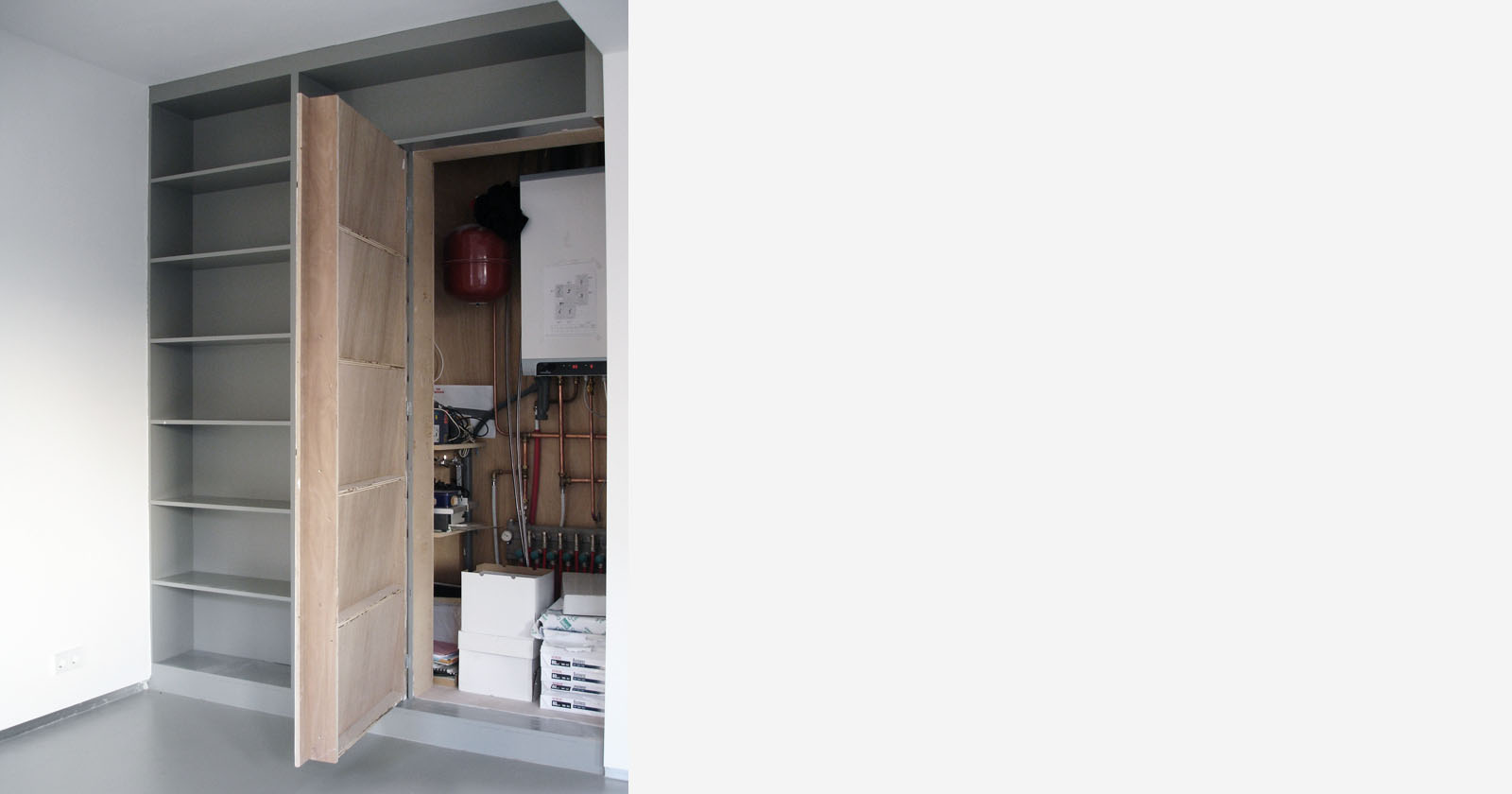 Thomas durner works kast muur raam deur hok geheim - Deur kast garagedeur ...